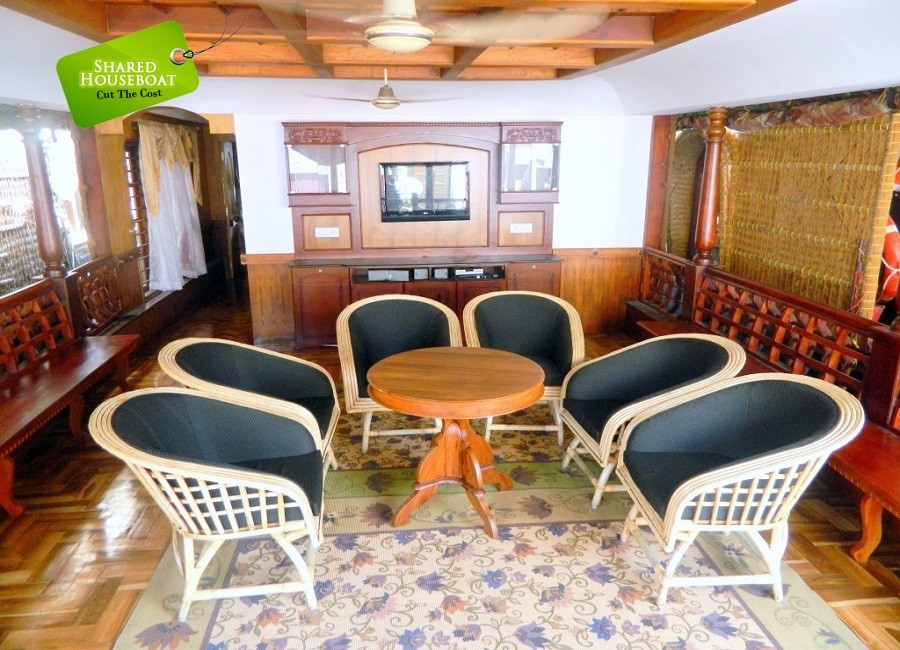 2 Bedroom Deluxe Shared Houseboat